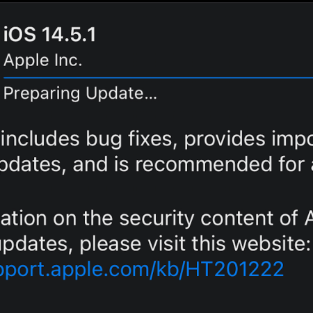 A picture of the iOS 14.5.1 update partway through downloading